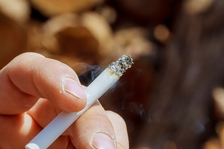 Why Smokers Can Stay Healthy and How to Stop Smoking Effectively
